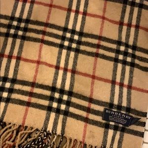 Burberry Cashmere Scarf Vintage Check